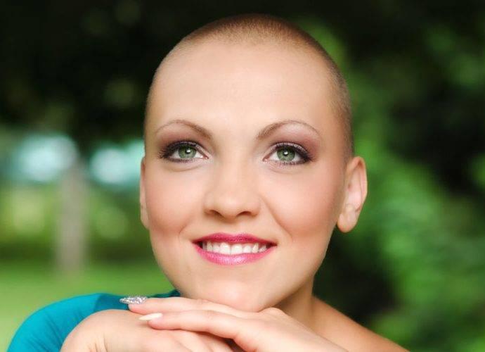 Perche durante la chemioterapia cadono i capelli? E' un fenomeno reversibile?